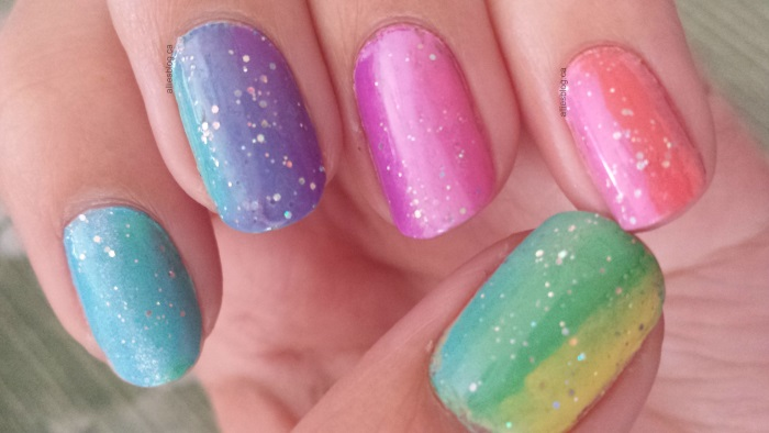 rainbow nails|sponging|June 9 2014