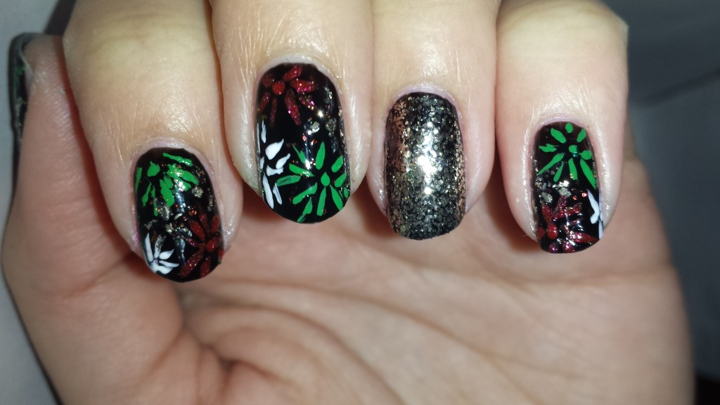 #tbnp_holidaychallenge |holiday nail art challenge| 31 day challenge |thebeautyofnailpolish|day 16 firework nails