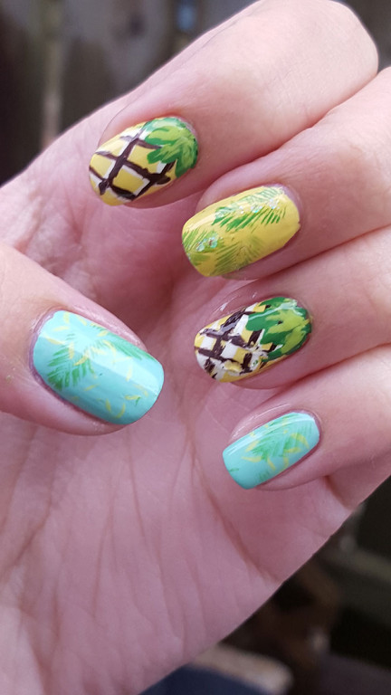 31 day challenge day 3 yellow nails | pineapplenails | pineapple nails tutorial