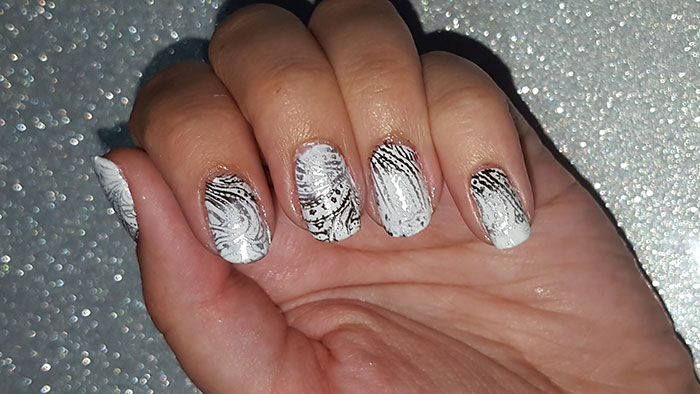 black and white nails | 31 day challenge | bornprettystore stamper | gradient stamping | #31dc2015